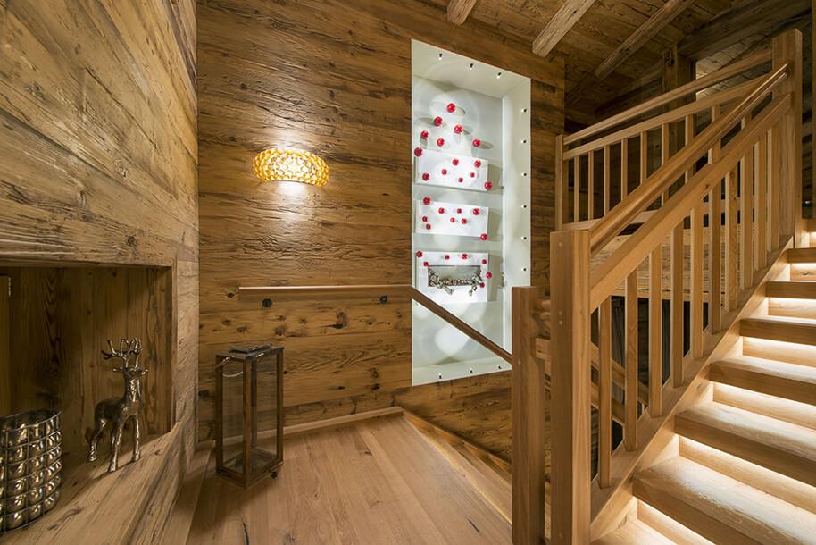 Boiserie artigianali in legno vecchio for Foto di case antiche
