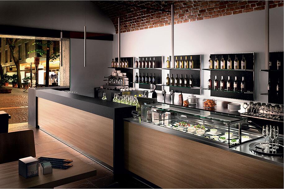 Fornitura arredo su misura a locali pubblici for Arredamenti ristoranti moderni