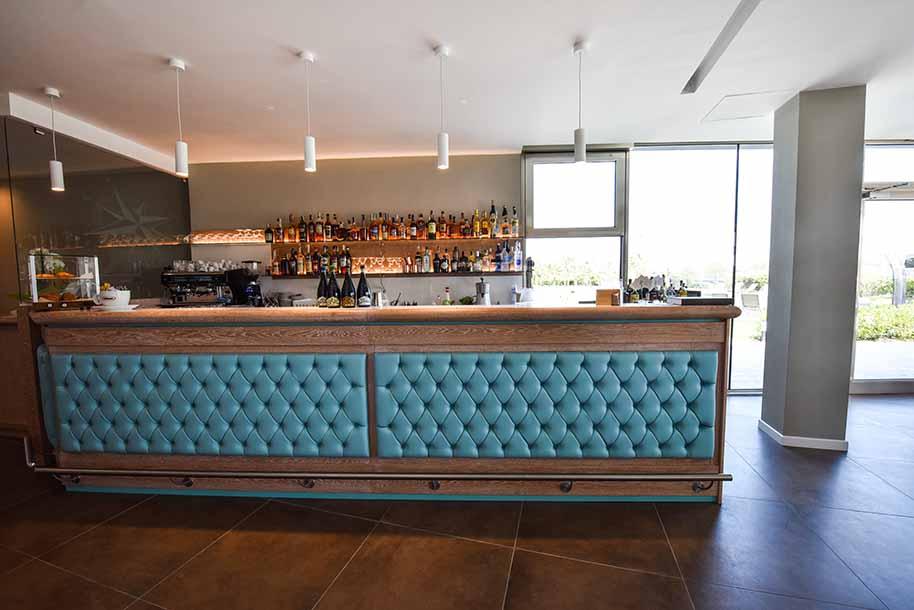 Arredamenti bar e banchi bar dal veneto in tutta italia for Banchi bar e arredamenti completi